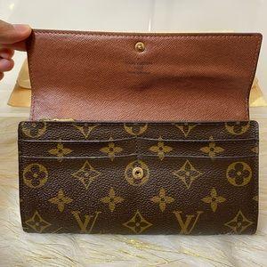 Portefeiulle Sarah Long Bifold Wallet